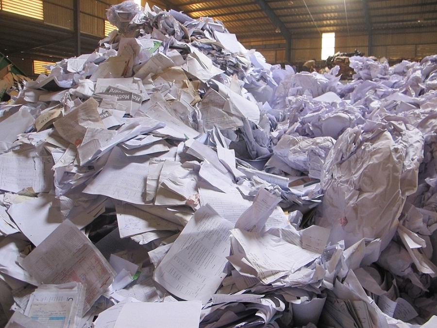 cần bán giấy phế liệu giá cao